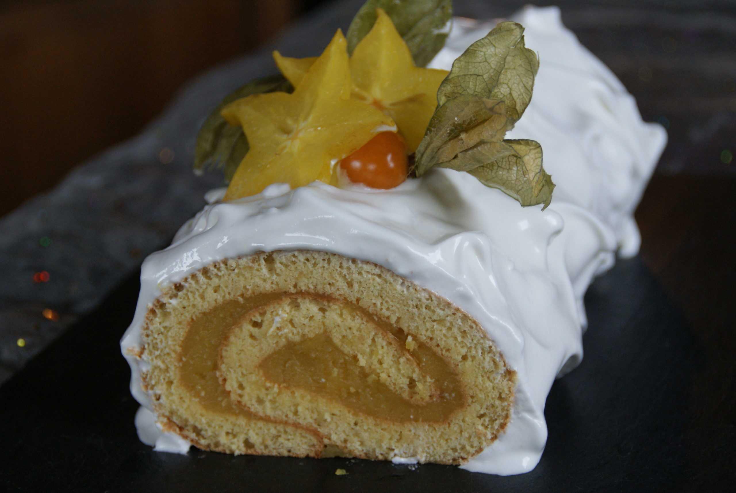 Bûche roulée façon tarte au citron meringuée